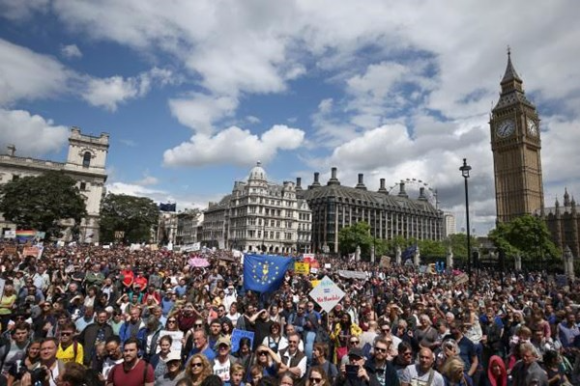Remain supporters attend March for Europe